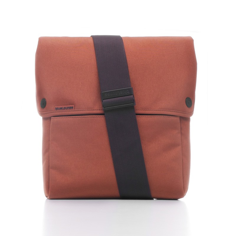 Bluelounge iPad Sling Bag Rust Brown - 2